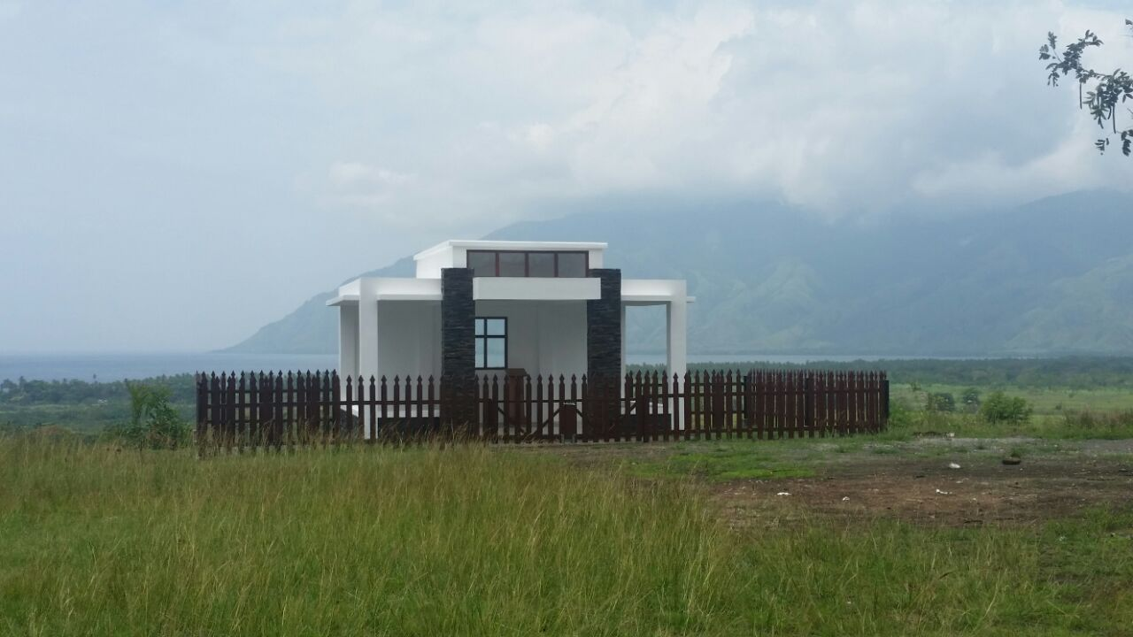Monument for former Governor-General's in Dogura, Milne Bay