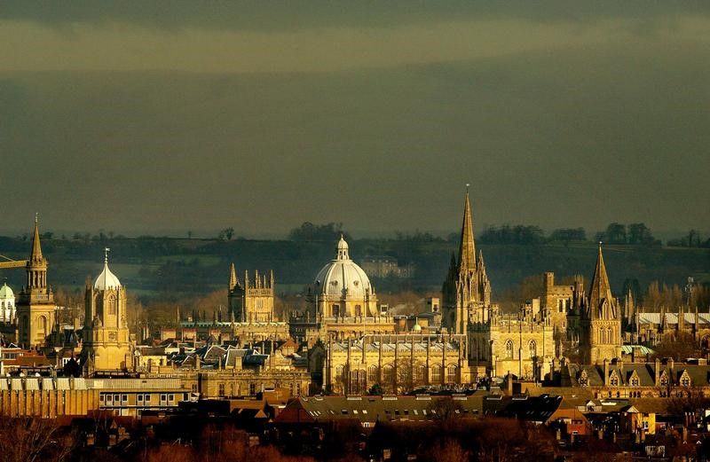 The rooftops of the university city of Oxford are seen from the south west, January 22, 2003. REUTERS/Peter Macdiarmid