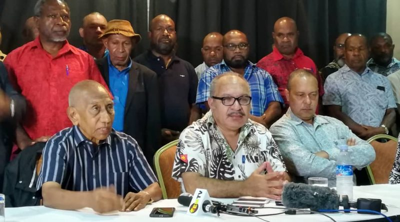 Sir Arnold: O'Neill still PM, only parliament can appoint caretaker